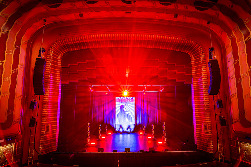 Capitol Sound chose Martin Audio's new array for Eddie Izzard tour