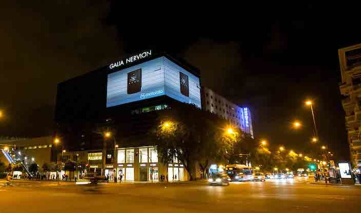 Christie Crimson laser projection powers DOOH advertising projects in Seville